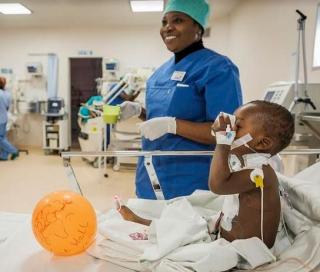 Cuore fratello  bambini  cardiopatia  sms  camerun