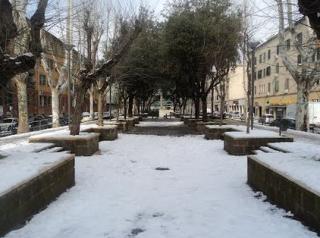 Neve  roma  senior  senza tetto  freddo  pasti