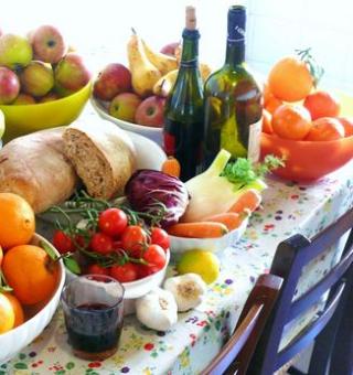 Celgene  aiom  tumore  cancro  dieta  cibo  consigli  campagna Cooking  Comfort  Care