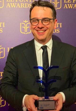 Maduri  le fonti  awards  astellas  premio