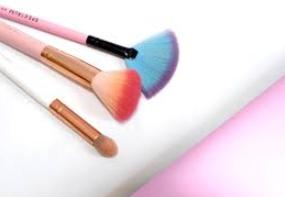 Cosmetici  bartoletti  medicina estetica  Ariano  congresso  sime  2019  spignattare  social   creme  smalti  lucidalabbra