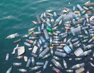 Plastica  mare  riciclo  inquinamento  calabria  rizzo  rossi  danni  delibera